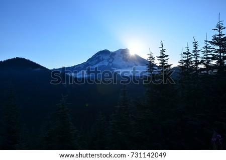 Mount Rainier Sunrise #731142049