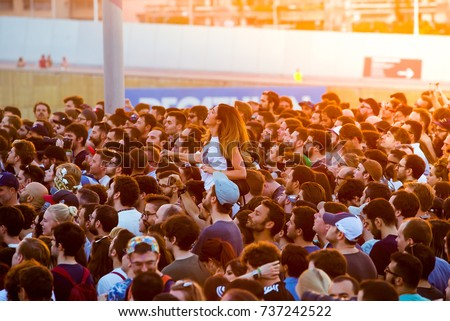 BARCELONA - JUN 1: People in a concert at Primavera Sound 2017 Festival on June 1, 2017 in Barcelona, Spain. #737242522