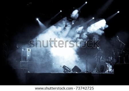 Stage in Lights - Selen