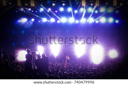 Concert in silhouettes #740479996