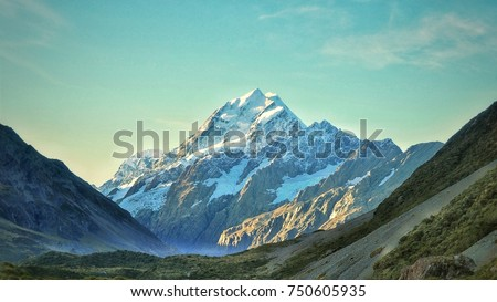 Stunning Mt Cook view in New Zealand #750605935