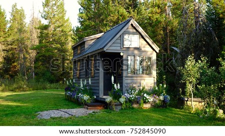 Off grid tiny house in the mountains Royalty-Free Stock Photo #752845090