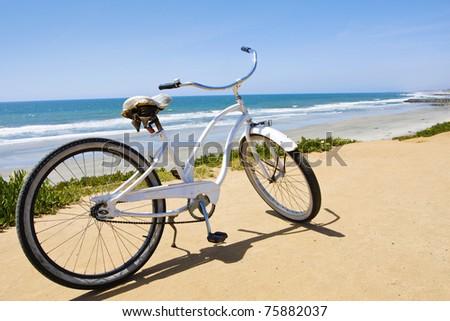 Vintage Beach Cruiser Bike along the California Coast #75882037