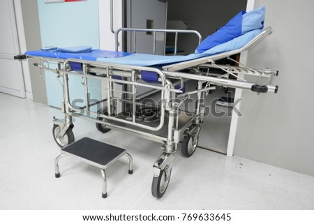 hospital bed with wheels #769633645