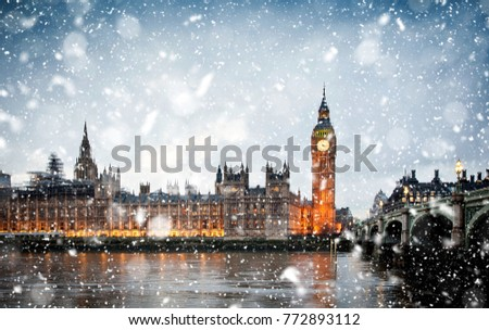 snowing in london, UK - winter in the city #772893112