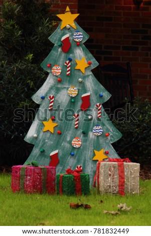 CHRISTMAS HOLIDAY DECORATIONS #781832449