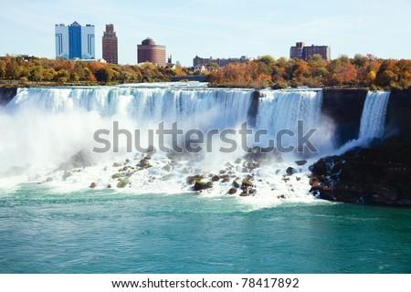 Photo shoot at Candan Niagara Falls, in summer.