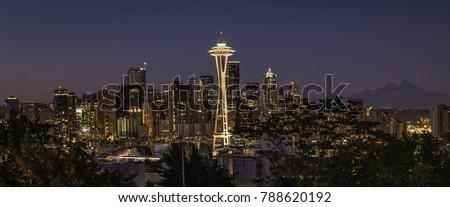 Cityscape scene of the Seattle skyline at sunrise