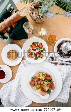 big morning breakfast