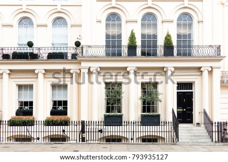 Luxurious old apartament house with a white facade, , Kensington, London, UK #793935127