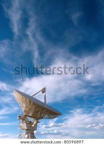 Radio telescope at the Very Large Array (VLA) in New Mexico, USA #80596897