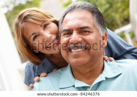Senior couple relaxing in garden #84246376