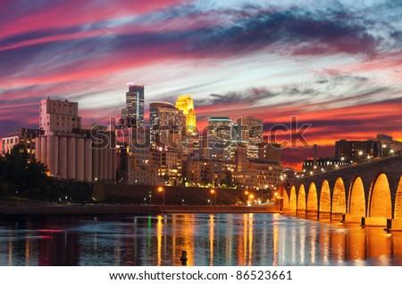 Minneapolis. Image of Minneapolis downtown at twilight.