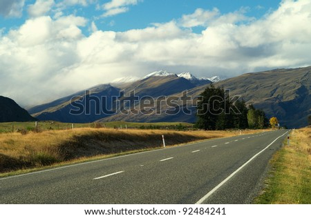 Garvie mountains on the way to Queenstown, New Zealand #92484241