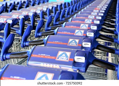 An image of a aldi supermarket Logo - Luegde/Germany - 10/01/2017