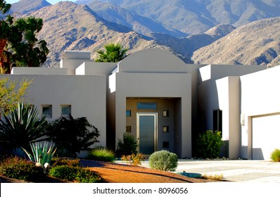 Image of a beautiful Modern Desert Home