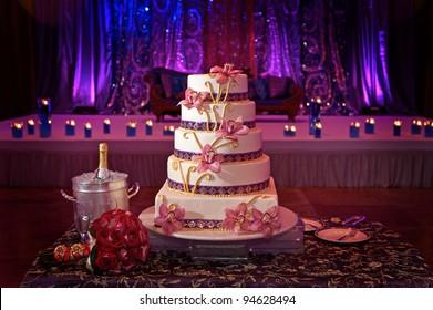 Image of a beautiful wedding cake at wedding reception