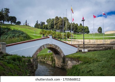 image of boyaca bridge over the river