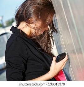 Image of a businesswoman having problem
