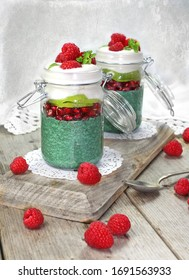 Image of Chia Pudding parfait with Green Spirulina & Fruit
