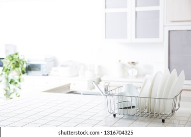Image of a clean kitchen