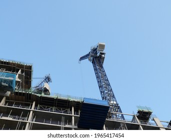 Image of a crane constructing a hotel at St Enoch Square in Glasgow. Image taken 30.04.2021