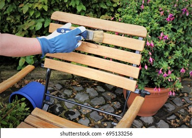 An image of a Garden furniture - painting