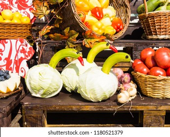 Image of geese from cabbage, bananas and red pepper