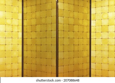 An Image of Gold Folding Screen
