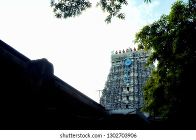 Image of the gopuram of the Lord Muruga temple at Thiruchendur located in the Indian state of Tamil Nadu