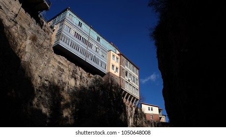 An image of a guest houses on the edge of steep cliff