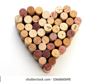 The image of heart made from wine corks