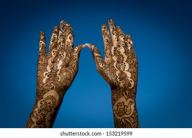 Image of Henna Tattoo's on an Indian bride's hands