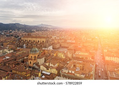 Image of the historic architecture of Bologna, Italy.
