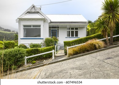 An image of a house at the very steep Baldwin Road