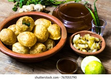 Image of Indian snacks golgappa