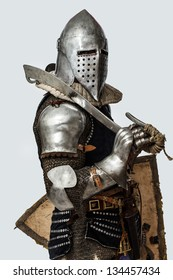 Image of knight who is posing with his right side