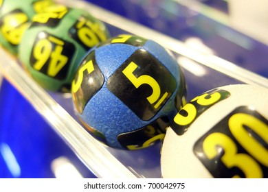 Image of lottery balls during extraction of the winning numbers.