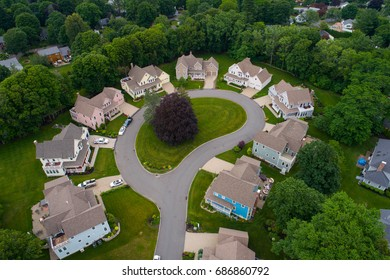 Image of luxury homes in Massachusetts