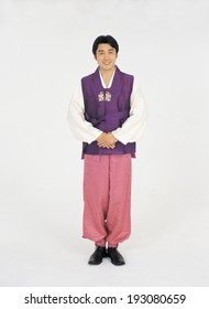 The image of man wearing traditional clothes