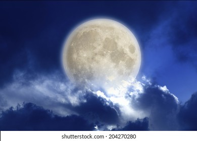 An Image of A Moonlit Night