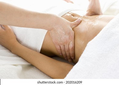 An Image of Oil Massage