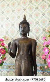 image of old buddha