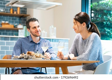 Image photograph of man and woman chatting (lovers / couples)