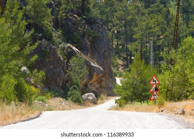 Image of the road near Alanya in Taurus Mountains, Turkey