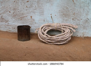 An image of a rope made out of plastic sacks. The tribal people from Birhor community make ropes out of the sacks for a meagre livelihood.