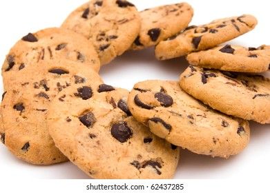 The image of round cookies with chocolate
