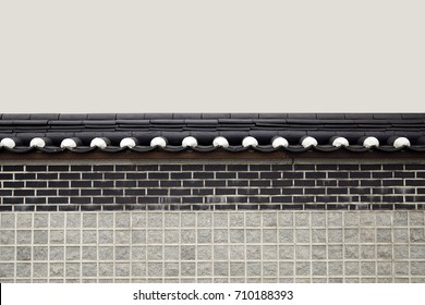 Image of a stone wall finished with tile