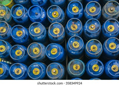An image from top of Liquefied Petroleum Gas cylinders for home use.