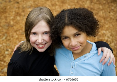 image of two friends of different ethnicities